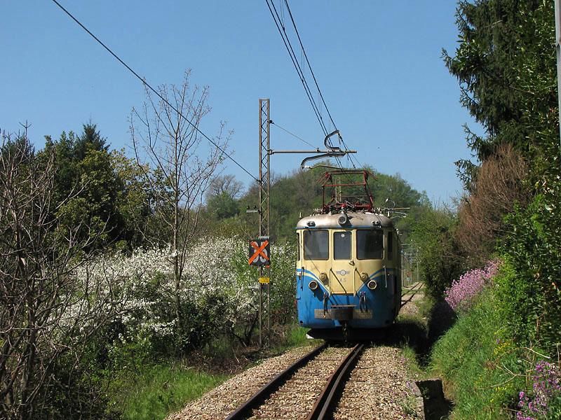 Linea ferroviaria Genova-Casella