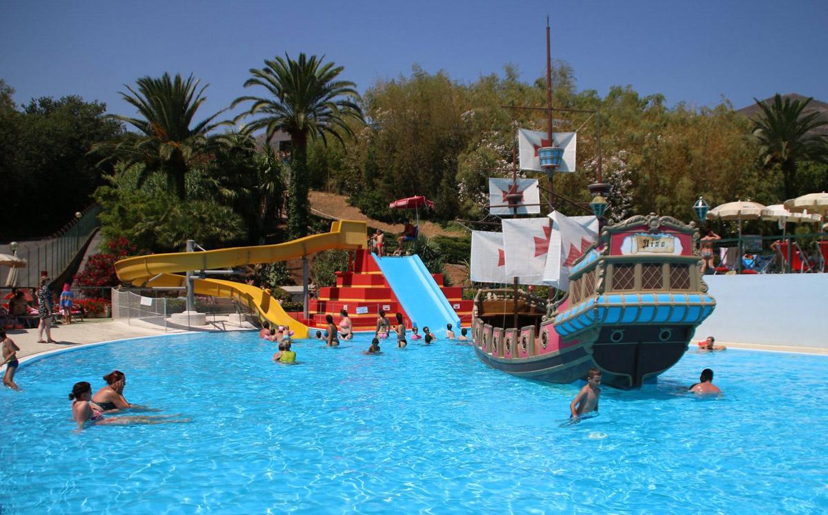 Parco Acquatico Le Caravelle Ceriale