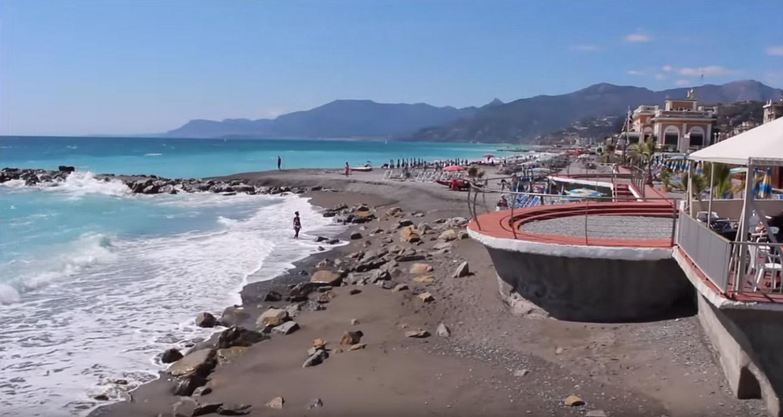 beach of Bordighera