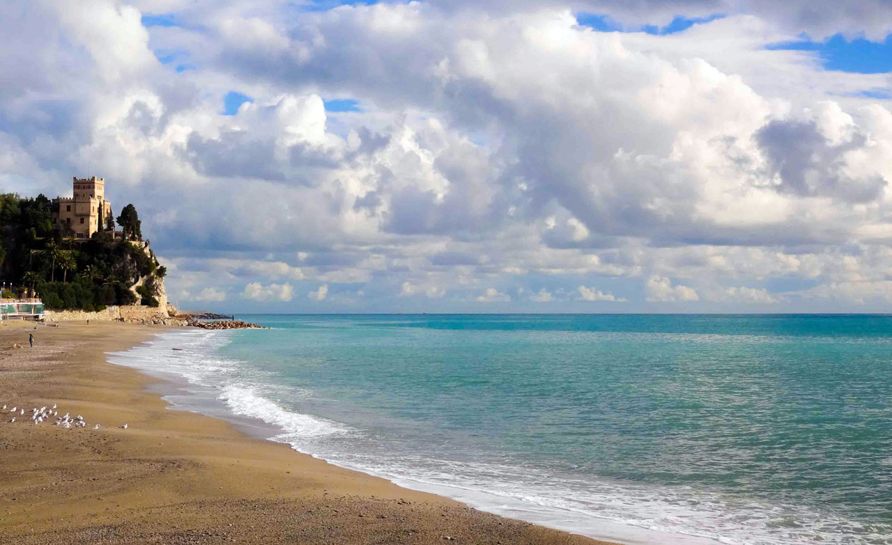 Finale Ligure spiaggia