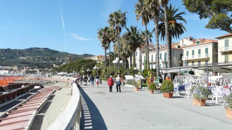 Lungomare Diano Marina, Liguria di Ponente