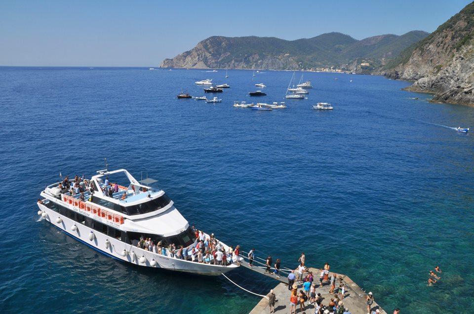 Traghetto in Liguria